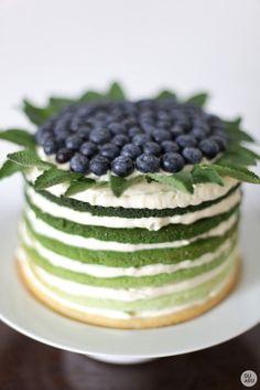 http://www.duabu.com/wp-content/uploads/duabu-rainbow-cake-tortas-gimtadienio-02-653x979.jpg