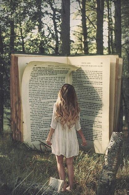 http://booksareeverythingok.tumblr.com/archive