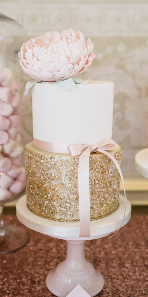 http://www.modwedding.com/2014/06/20/wedding-cakes-exceptional-details/